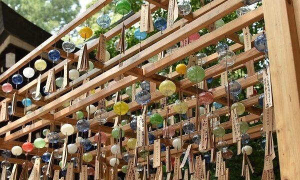 川越氷川神社の夏のイベント縁むすび風鈴の色とりどりな風鈴たち