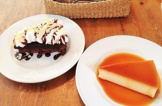 カフェポルトメゾンルームスのケーキ二種