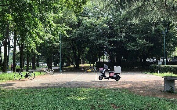 菜の森入間公園の広々とした無料駐輪場