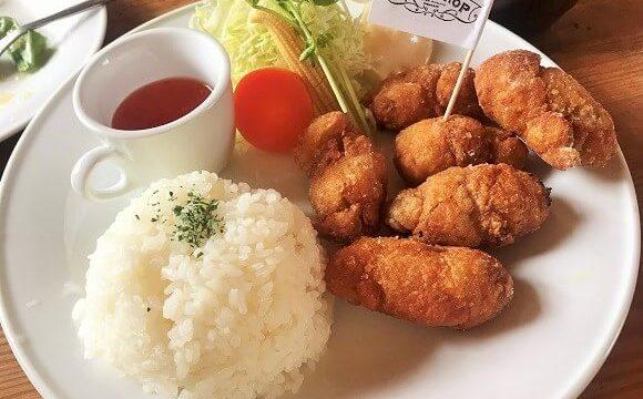ランチメニューの豚の唐揚げ定食